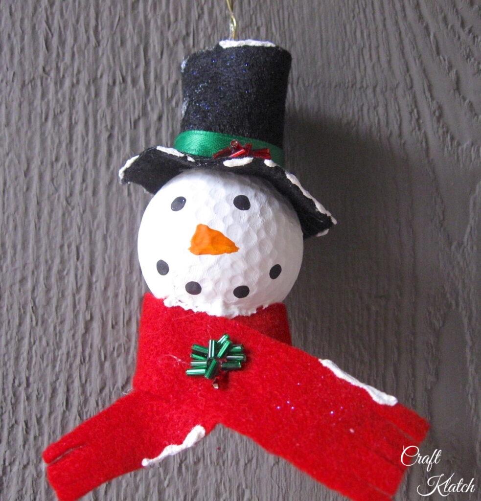 Golf ball snowman Christmas tree ornament DIY