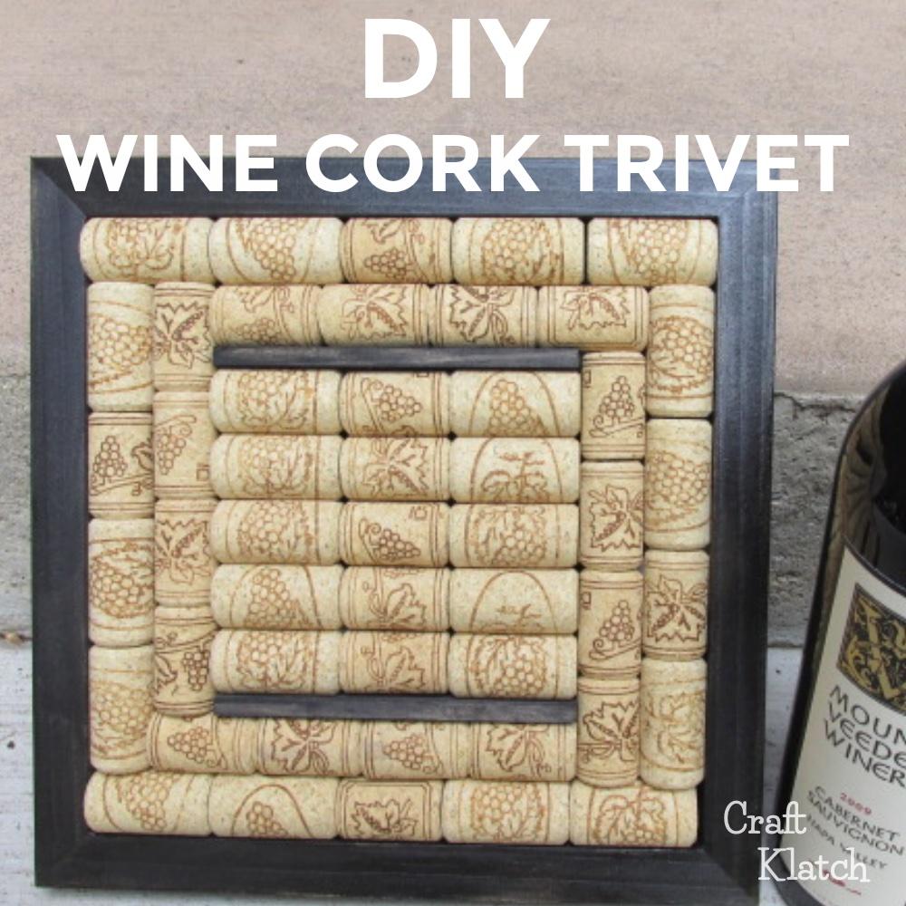 Wine cork trivet with black border