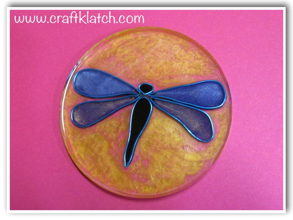 Dragonfly coaster made out of resin and wire