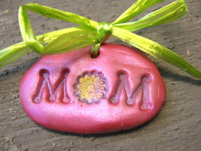 Pink mom charm with green raffia bow