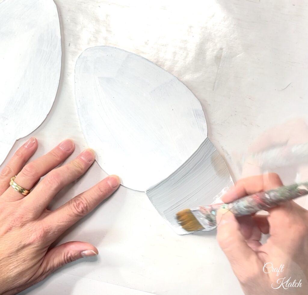 Paint base of light gray